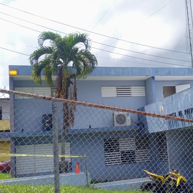 Cuartel de la Policia de Lares
